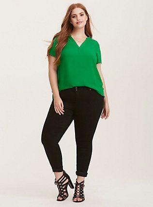 Blusas verdes de moda para gorditas jovenes