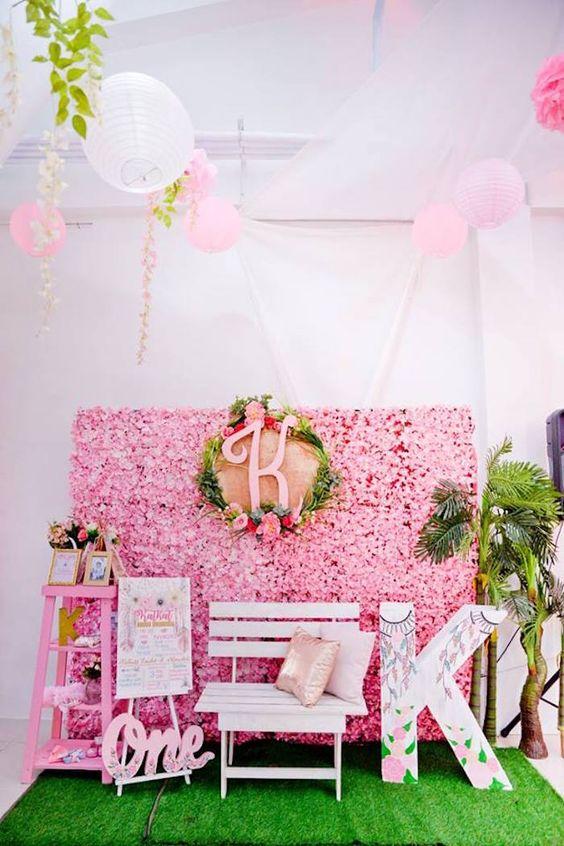 Fiesta de cumpleaños de Coachella rosa