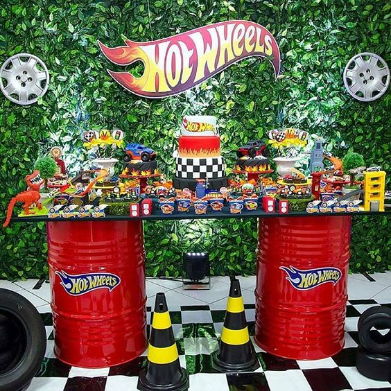 Fiesta de cumpleaños de hot wheels