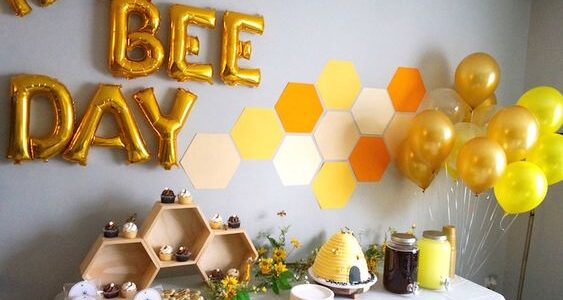 Fiesta de cumpleaños de la abeja reina