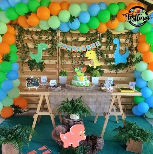 Decoración de fiestas infantiles de dinosaurios