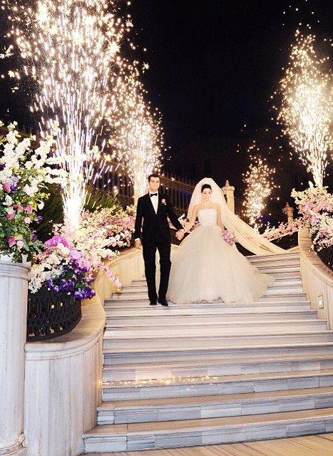 Elementos para tener una entrada espectacular a la recepción de tu boda