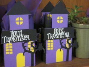 adornos para fiesta tematica de hotel transilvania