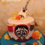 pastel para fiesta de coco disney