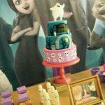 pastel para fiesta tematica de hotel transilvania