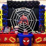 mesa postres hombre araña