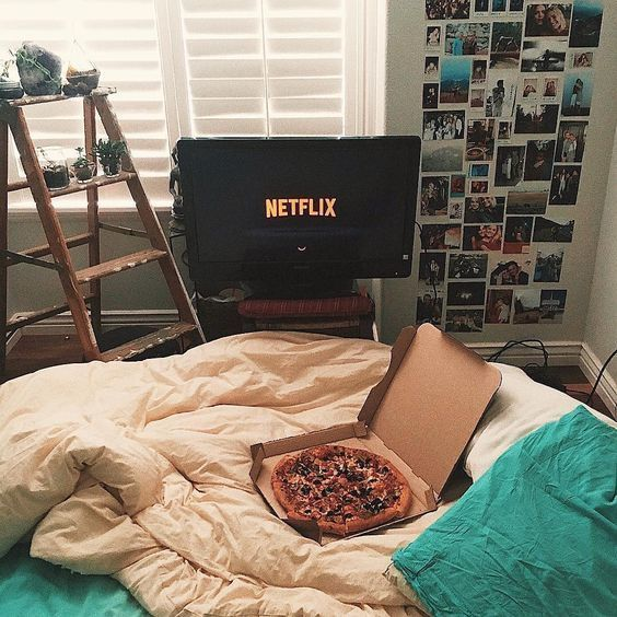 Como arreglar tu cama para ver maratón de series