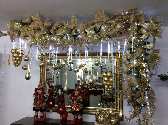 decorar espejos con guirnaldas navideñas