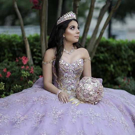 662e04b04 Vestidos de xv años 2019 tendencias