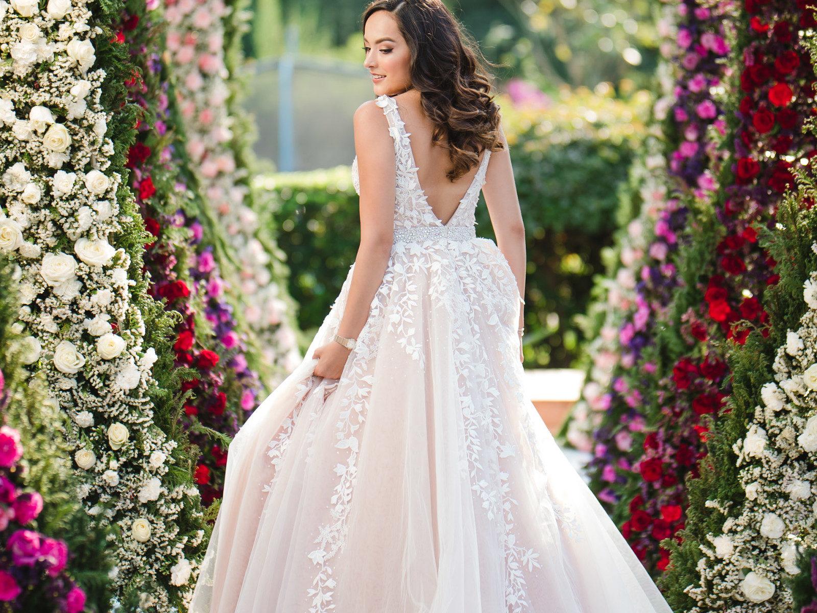 3d556bf379 Vestidos de xv años 2019 tendencias
