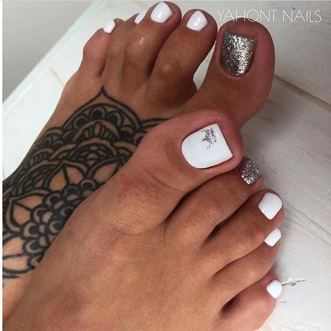 pedicure y diseños para uñas pies de moda 2019