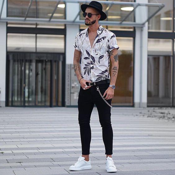 Moda hombre 2019 verano con camisa y tenis