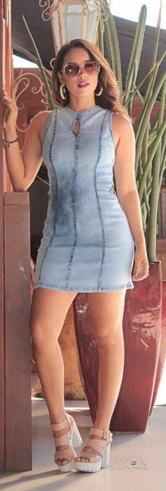 vestidos de mezclilla pegados al cuerpo
