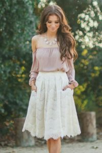 Modas de faldas elegantes colores lisos