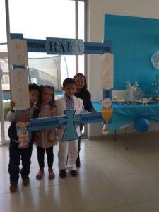 Marcos de unicel decorados para primera comunion de niño
