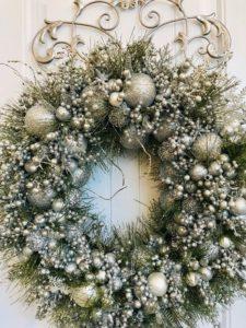 Adornos de navidad para puerta en plateado
