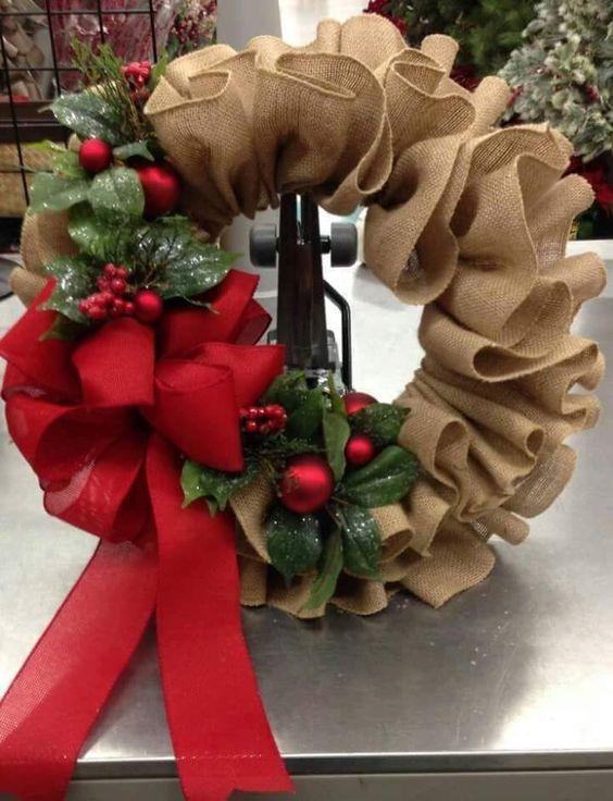 Adornos de navidad para puerta en rojo