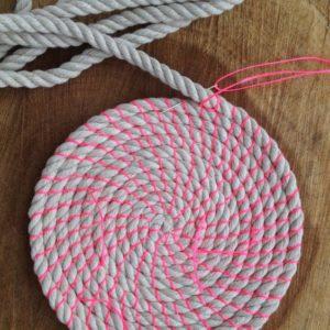 Posavasos y servilleteros con cuerda modernos de colores