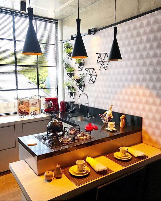 carpetas de tela y servilletas para decorar la barra de tu cocina