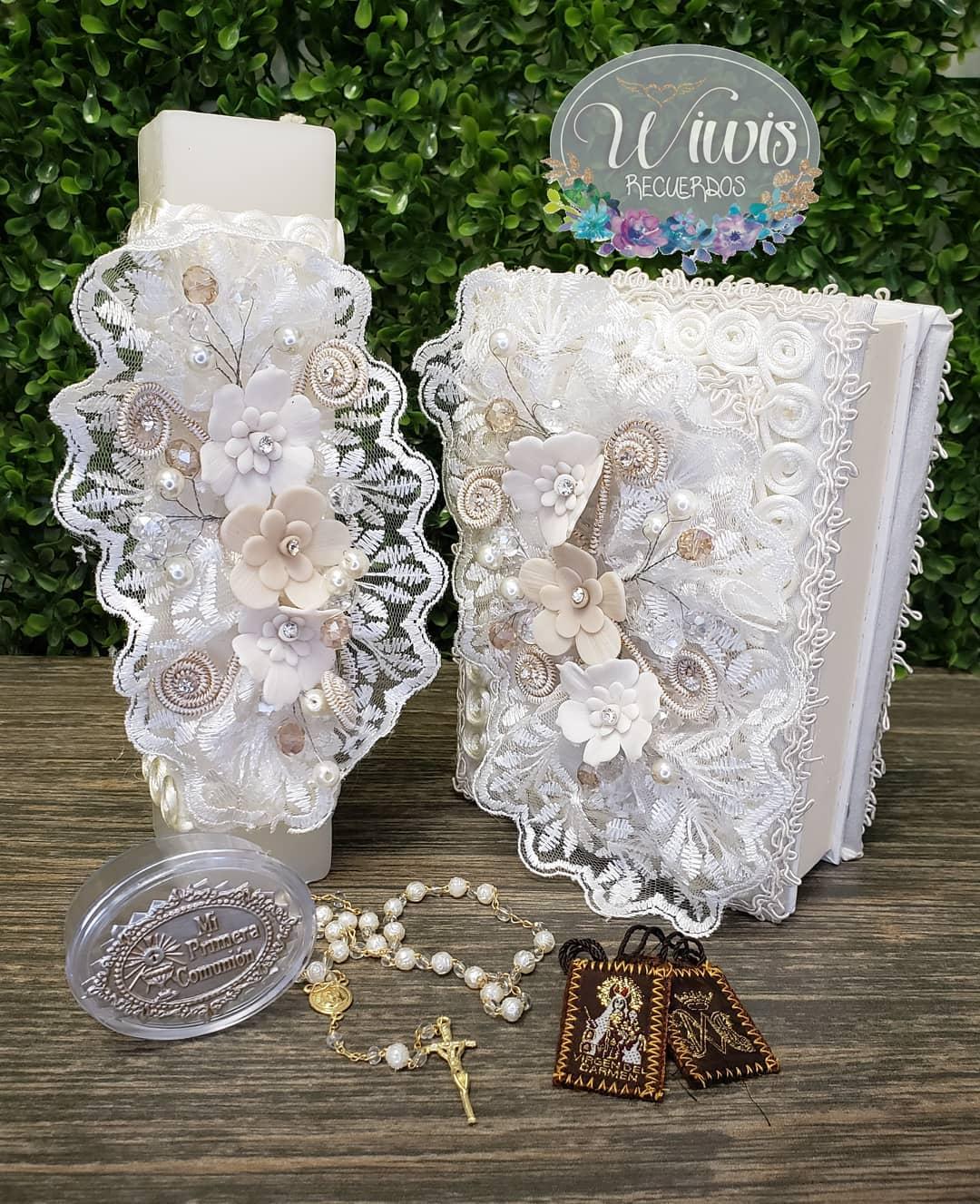 biblias y velas decoradas para primera comunion con cristales