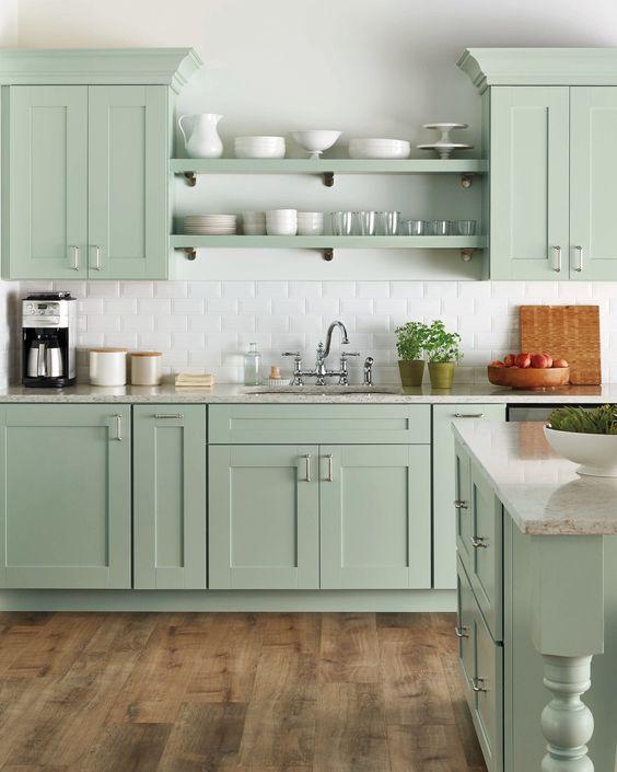 estantes para cocina pequeña con diseño abierto
