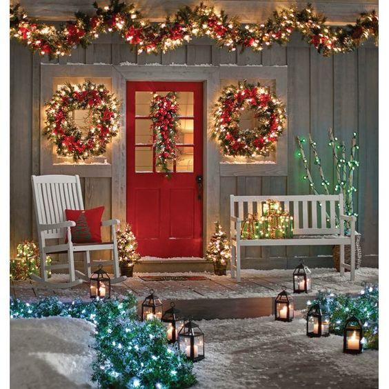ideas para decorar puertas navideñas en casas de campo