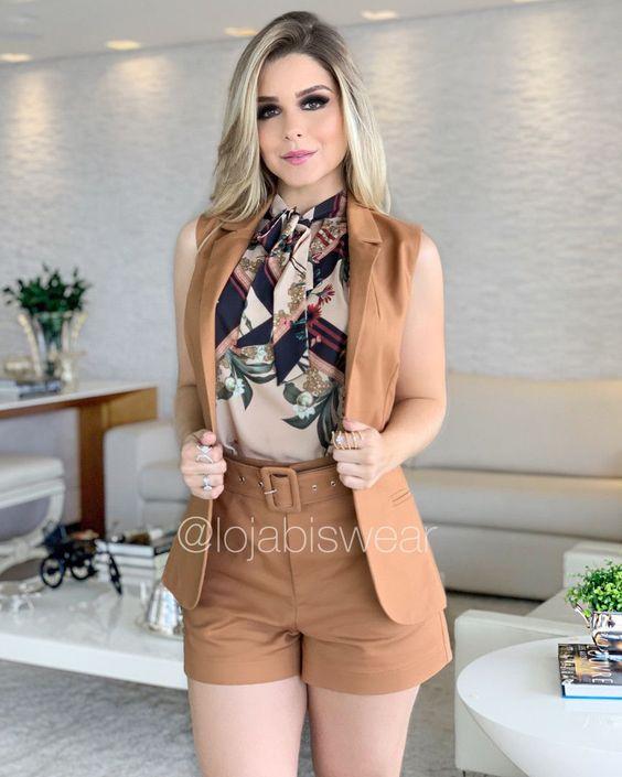 look con shorts para mujeres maduras