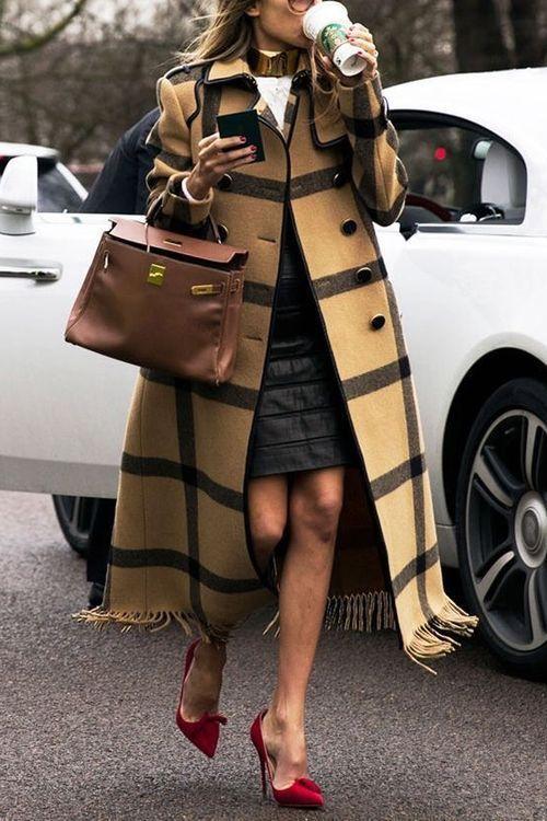 maxi abrigos para mujeres modernos