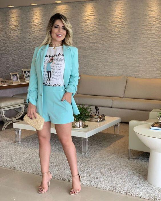 outfit para mujeres de 50 años para primavera - verano