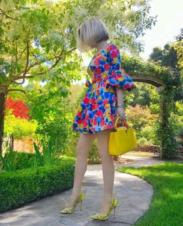 vestidos estampados para primavera - verano para mujeres maduras