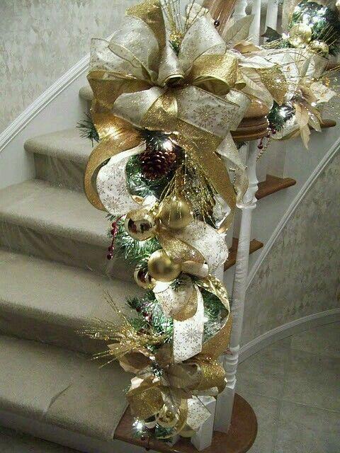 guias navideñas para decorar el pasamanos de las escaleras