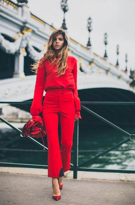 outfits en color rojo intenso para otoño - invierno