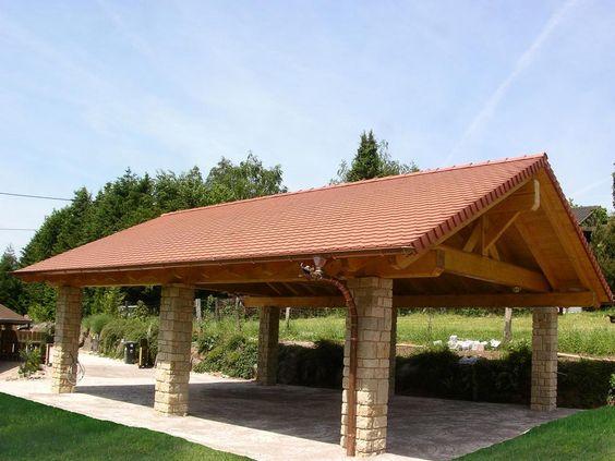 pergolas de ladrillo con techos de madera para el jardin