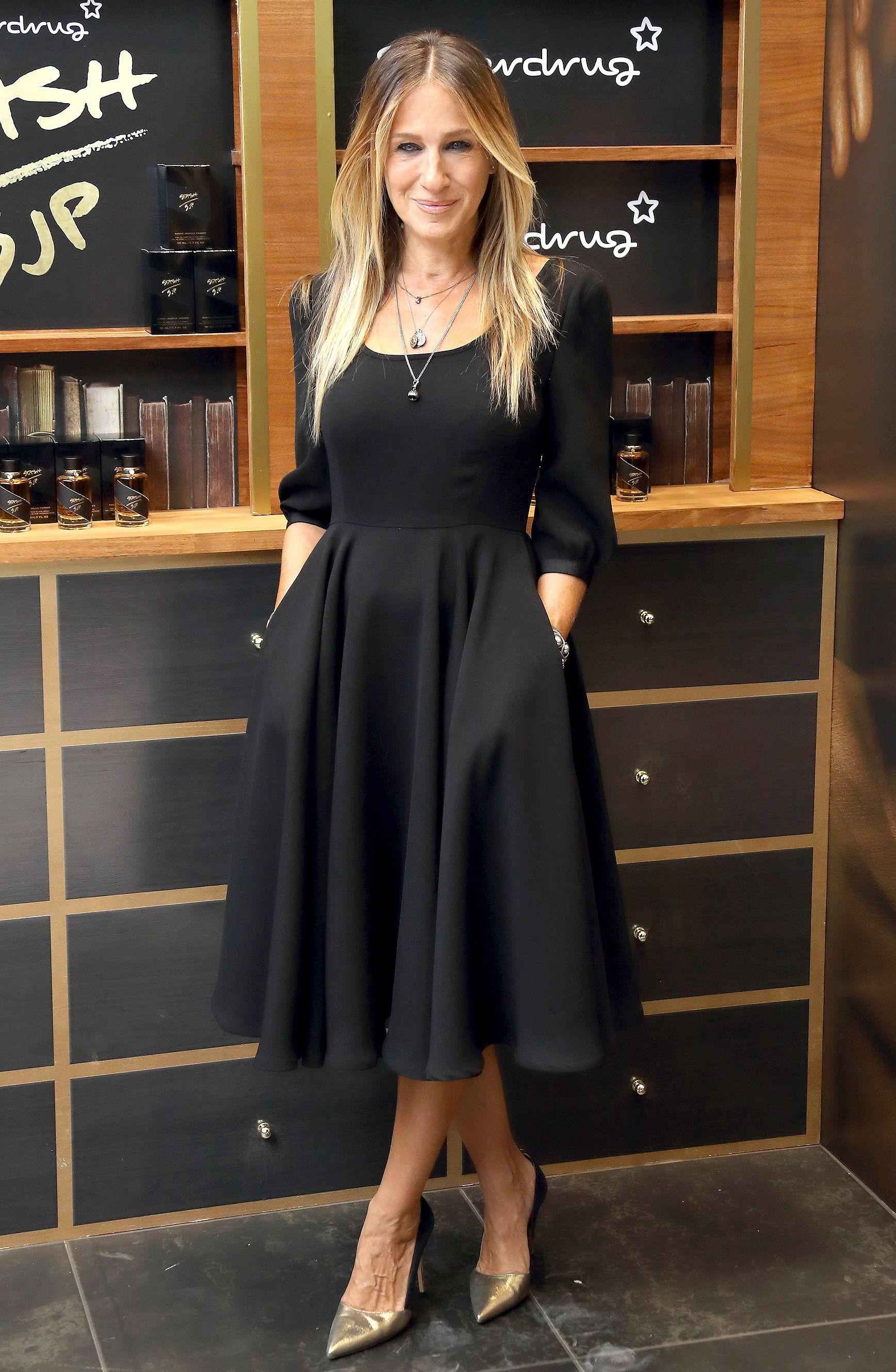 vestidos elegantes para oficinas en color negro