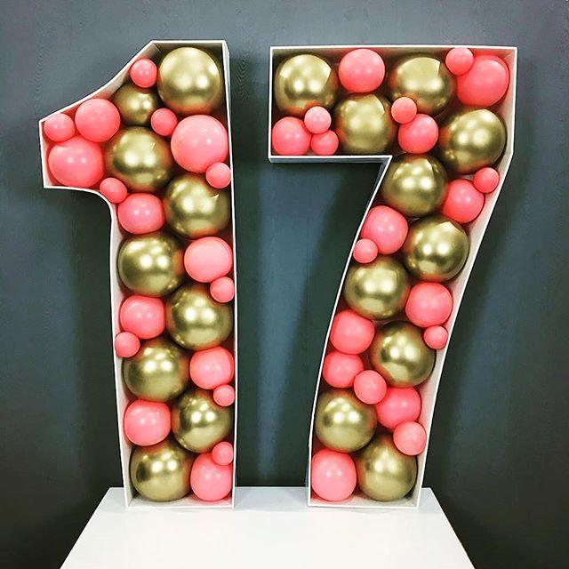 letras de madera para rellenar de globos para cumpleaños de mujeres