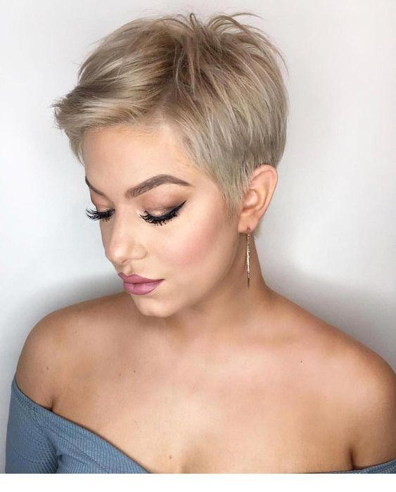long pixie corte de cabello para mujer otoño - invierno
