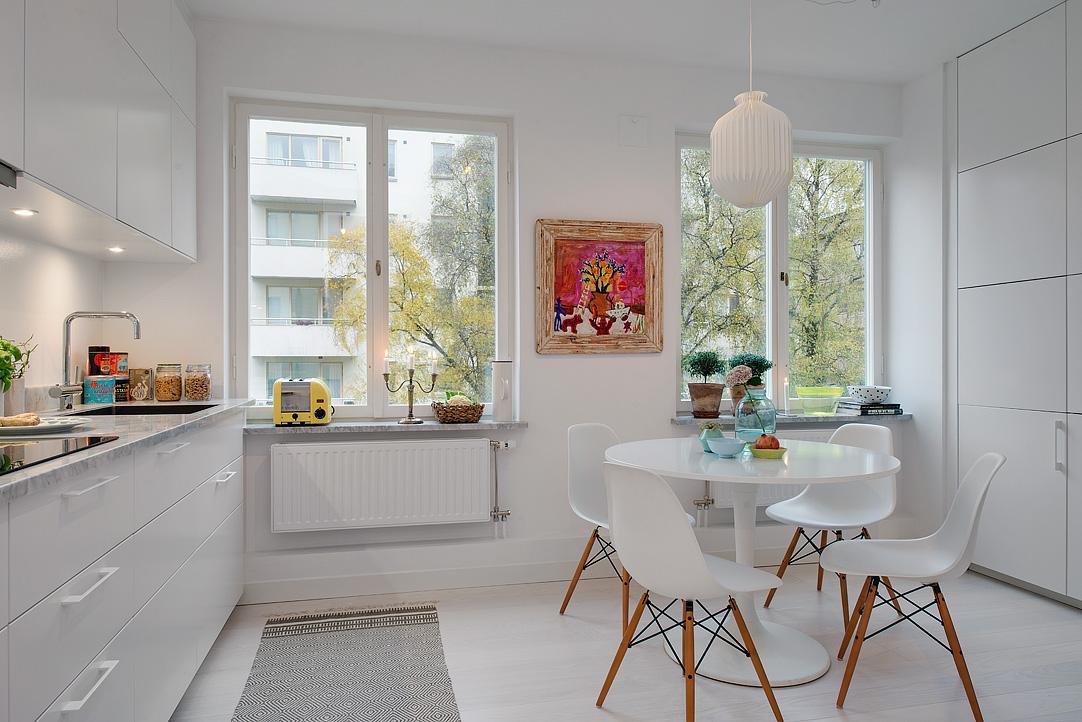 Cocinas pequeñas con comedor estilo nórdico