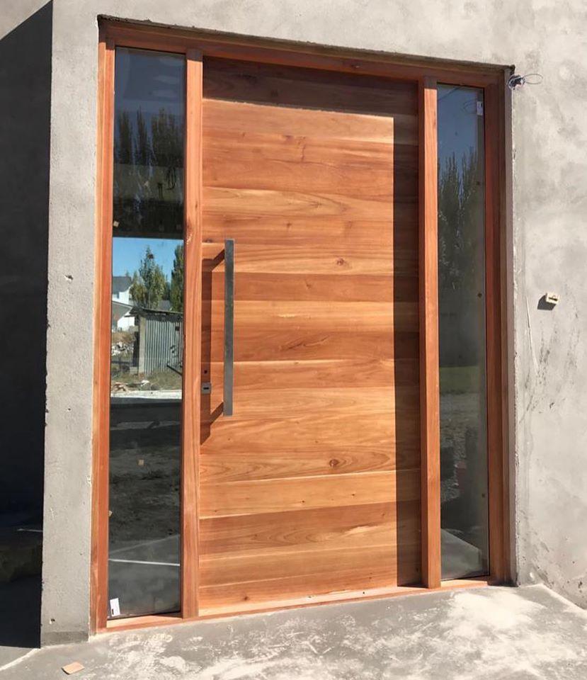 Puertas de ingreso principal de madera macizas