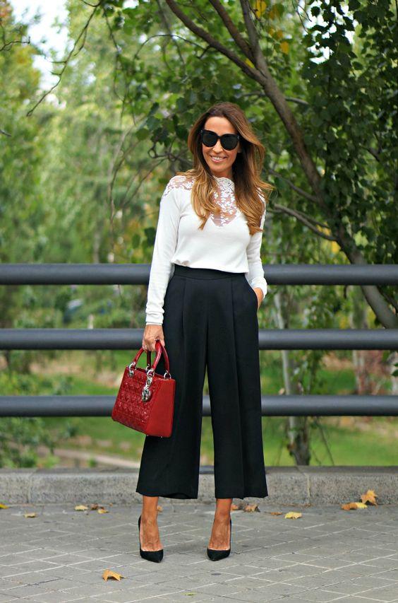 Outfits modernos para jóvenes adultas - pantalones amplios
