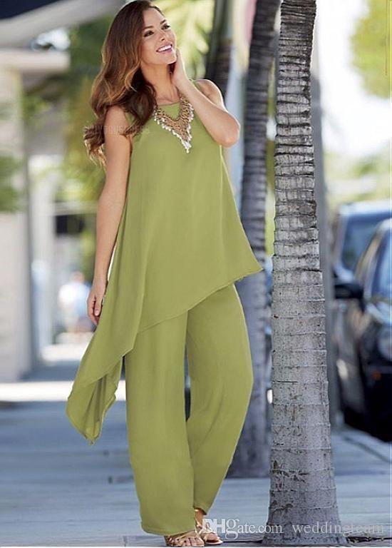 Outfits modernos para jóvenes adultas - traje a dos piezas