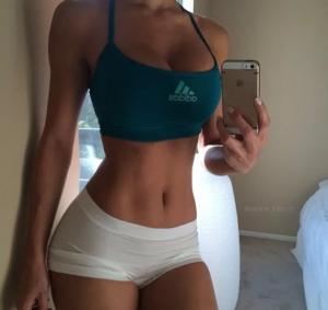 El ejercicio que Harvard declara como el único para lograr el abdomen perfecto con plancha para oblicuos