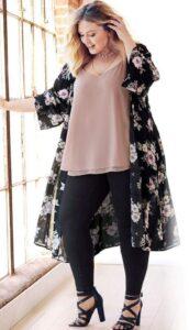 Kimono con flores para lucir espectacular
