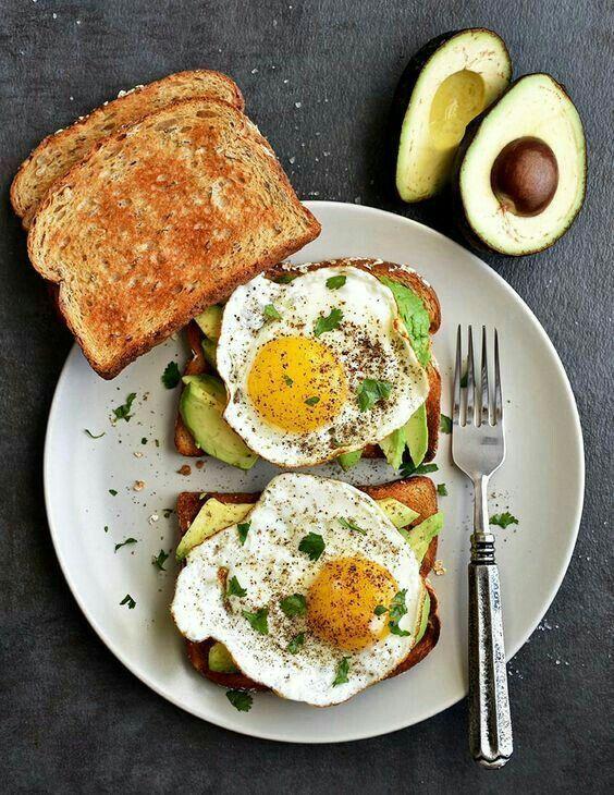 Por qué saltarse el desayuno te impide perder peso