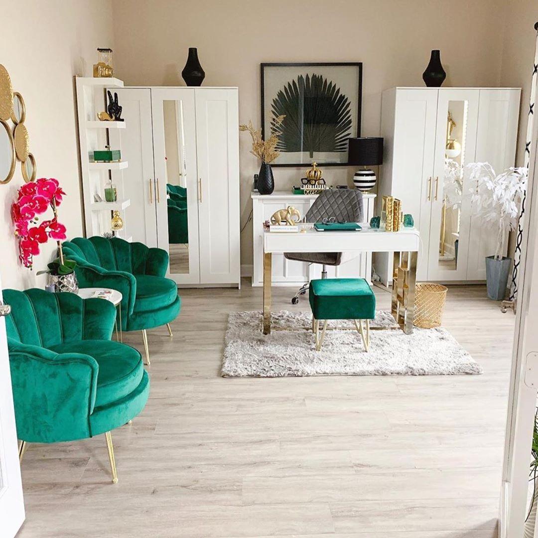 Ideas para decorar oficina con blanco, verde esmeralda y negro