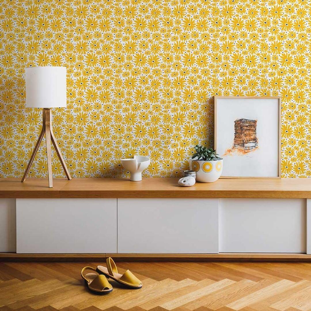 Papel tapiz en color mostaza para el hogar