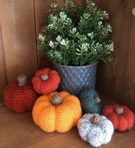 Decoración para la cocina con figuras de crochet