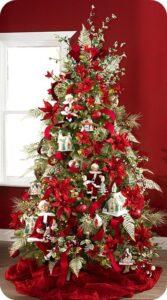 Árboles de navidad en color rojo