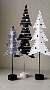 Figuras navideñas hechas de fieltro